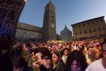 Folla in piazza Duomo per Pistoia blues (foto Veronica Gentile per gonews.it)