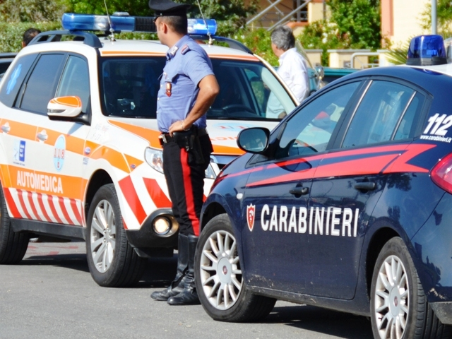 carabinieri_automedica_118_gonews_it_4