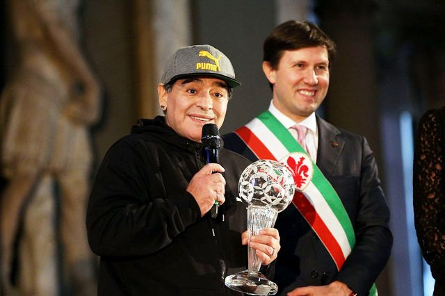 Maradona alla Hall of fame del calcio italiano