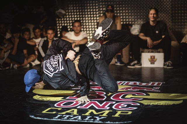 B-boy Imad BK performs during the Red Bull BC One Cypher in Cesenatico, Italy on July 15, 2016 // Mauro Puccini/Red Bull Content Pool // P-20160716-00175 // Usage for editorial use only // Please go to www.redbullcontentpool.com for further information. //