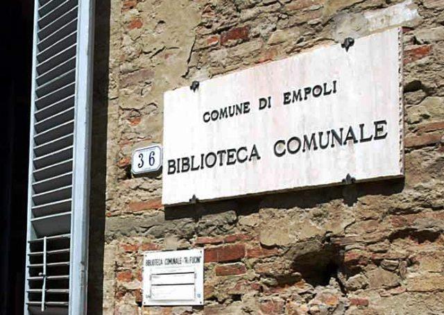 La biblioteca comunale di Empoli (foto gonews.it)