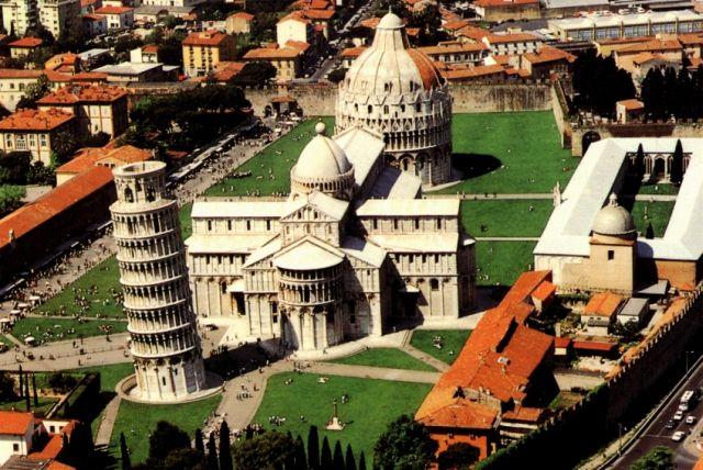 Espulso dall'Italia, viene trovato a spasso per Pisa: arrestato