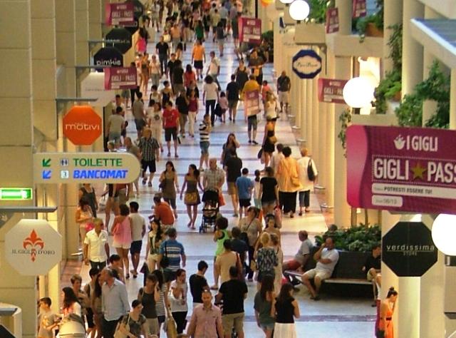Il centro commerciale  I Gigli  di Campi Bisenzio 0e8a14e28af