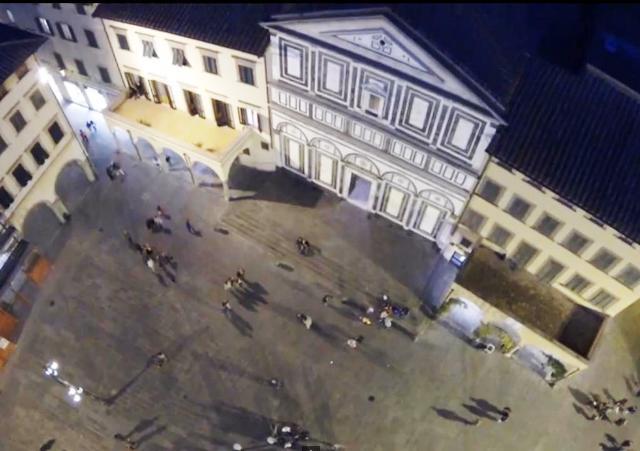 empoli_piazza_farinata_degli_uberti_panoramica_notte