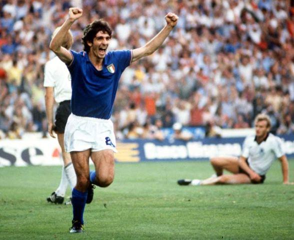 Paolo Rossi nella finale mondiale 1982 a Madrid contro la Germania