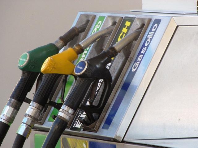 benzina01 pompa distributore generica