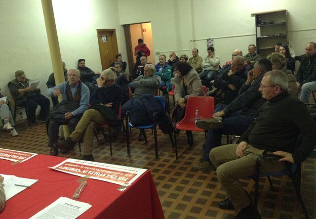 Il pubblico che ha partecipato al primo incontro per la costituzione della lista di alternativa 'Per una svolta in comune' lo scorso 6 marzo a Casciana Terme