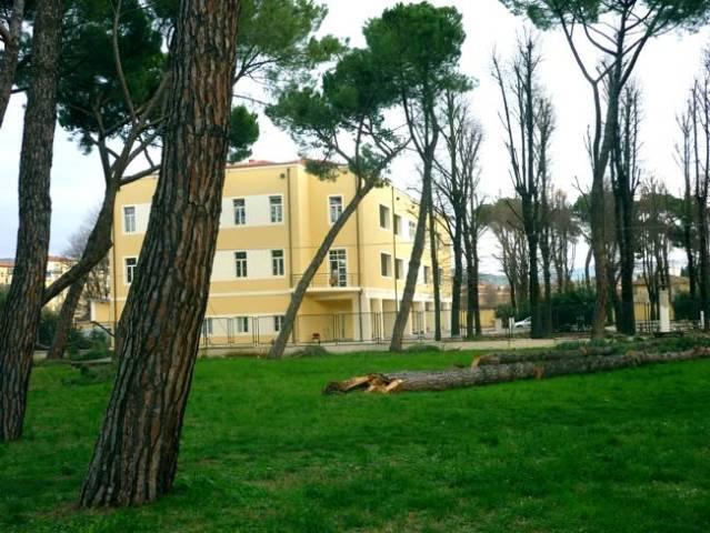 Un 37enne di Empoli è morto in un laboratorio a San Salvi