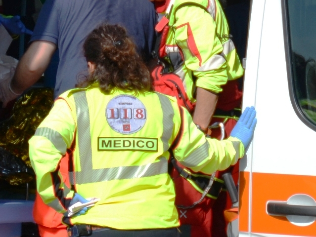 ambulanza_generica_118_soccorso_118_incidente_gonews_it_medico_12