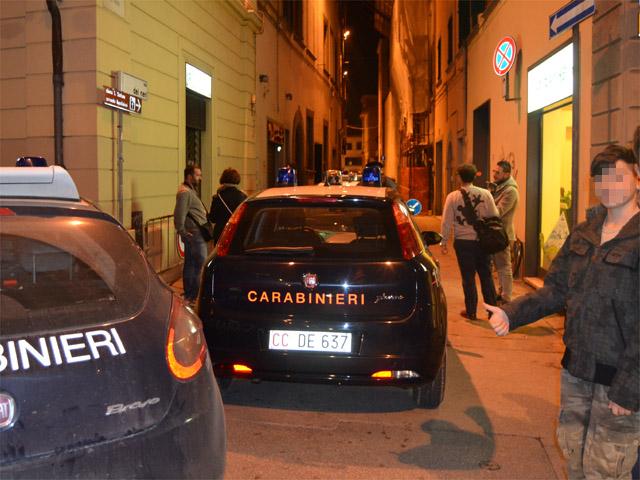 empoli_carabinieri_arresti_via_neri_2014_11_24_08
