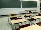 scuola_classe_vuota_banchi01