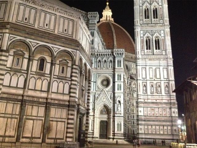firenze_piazza_duomo_notte