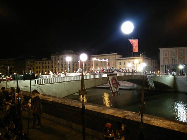 L'edizione 2015 del Gioco del Ponte a Pisa