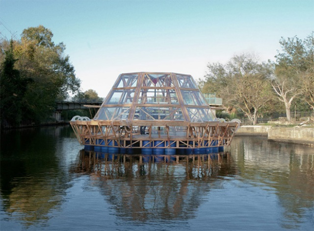 serra_galleggiante_Jellyfish_Barge_universita_firenze
