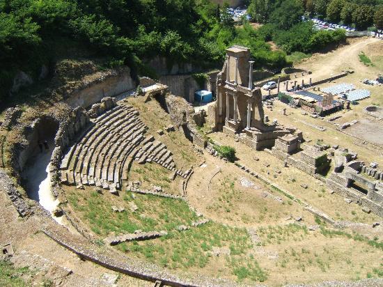 volterra_teatro_romano01