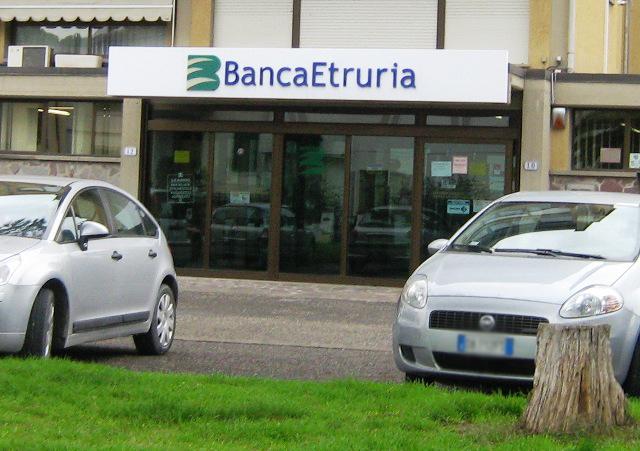 empoli_banca_etruria_via_cellini02[1]