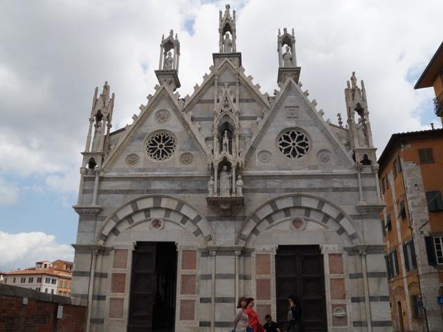 chiesa_della_spina_pisa_fronte_2016_04_12