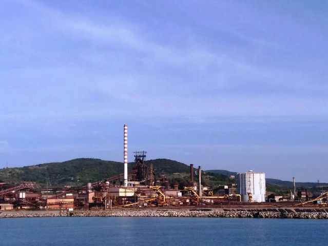 Il porto di Piombino (foto gonews.it)