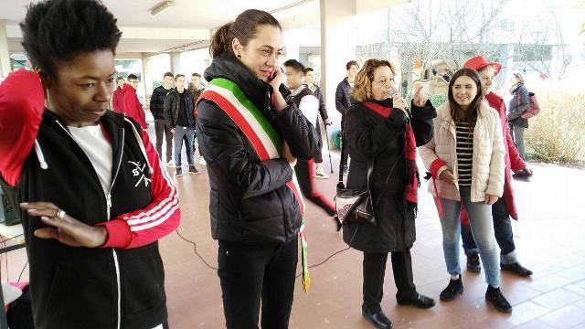 One billion rising il flash mob di san valentino con gli studenti del 39 gobetti volta 39 - Istituto gobetti volta bagno a ripoli ...
