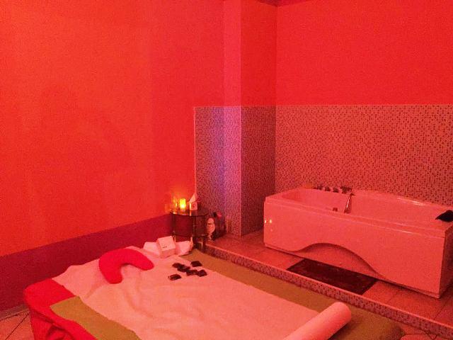 centro_massaggi_firenze_prostituzione_01