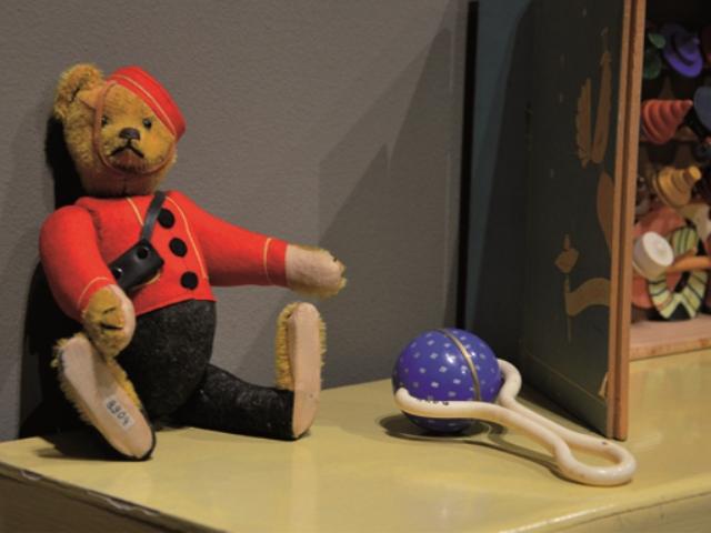 Risultati immagini per pontedera una mostra sui giocattoli?
