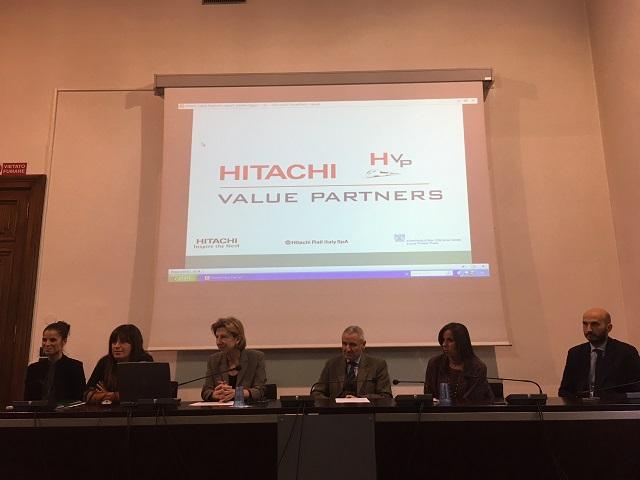 Tavolo_Hitachi