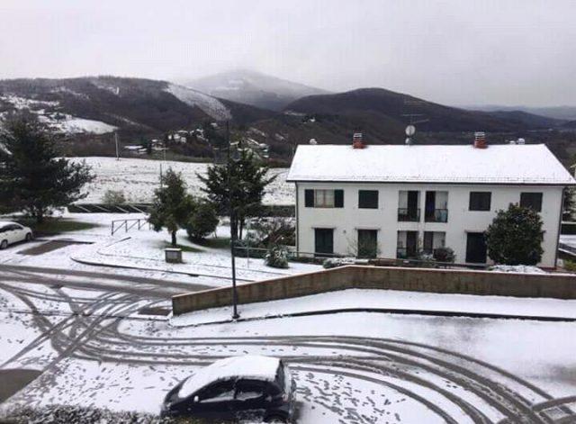 Neve in Toscana, allerta meteo da codice giallo