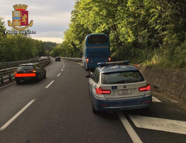 bus_avaria_autopalio_polizia_stato_2018_05_15