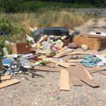 Abbandono rifiuti via Capocavallo