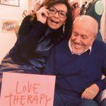 Nicoletta Poli autrice manifesto carnevale di viareggio 2019 con Elio Fiorucci