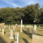 cimitero_degli_artisti_maurizio_cattelan_san_quirico_d_orcia_2018_07_29
