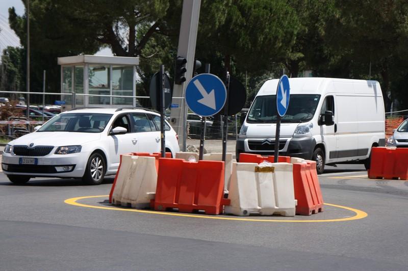 lavori SS67 Via Petrarca via bisarnella per rotatoria 069
