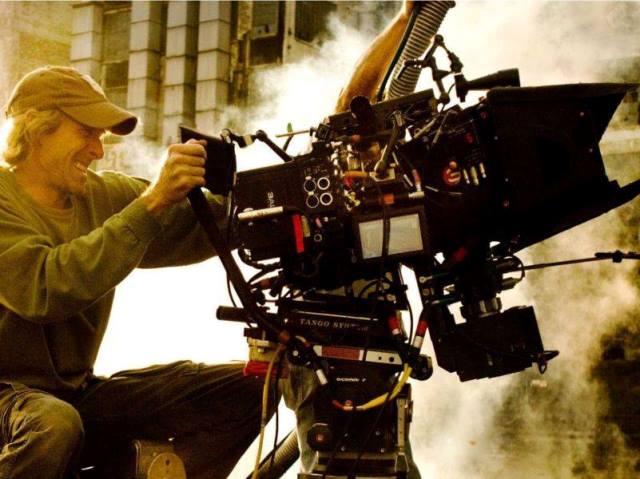 Il regista Michael Bay Foto dal profilo Facebook ufficiale Città di Firenze