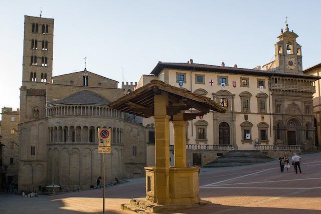 arezzo_piazza_grande_veduta_panorama_centro_generica_2018_09_20