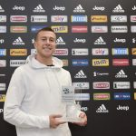 TURIN, ITALY - OCTOBER 18:  FC Juventus Player Federico Bernardeschi Next Star Player U25 Prize  (Photo by Daniele Badolato - Juventus FC/Getty Images)