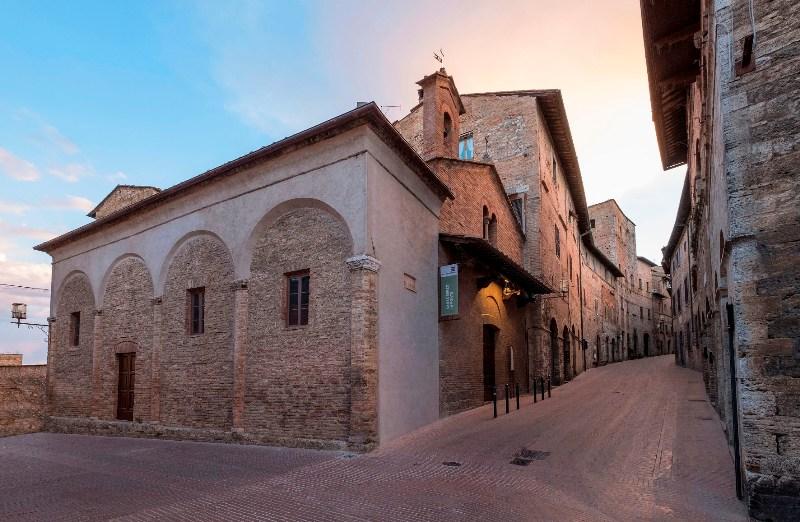 chiesa_san_lorenzo_in_ponte_san_gimignano_3
