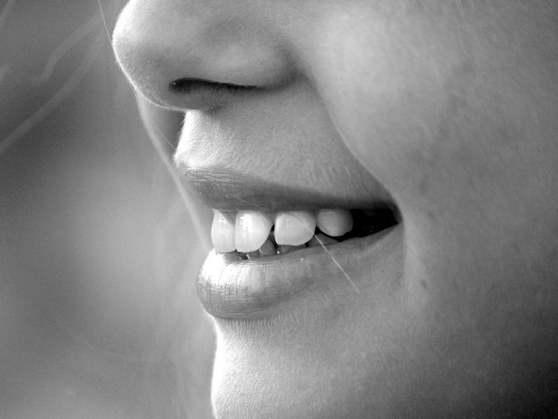 denti_bocca_bambina_giovane_sorriso_-