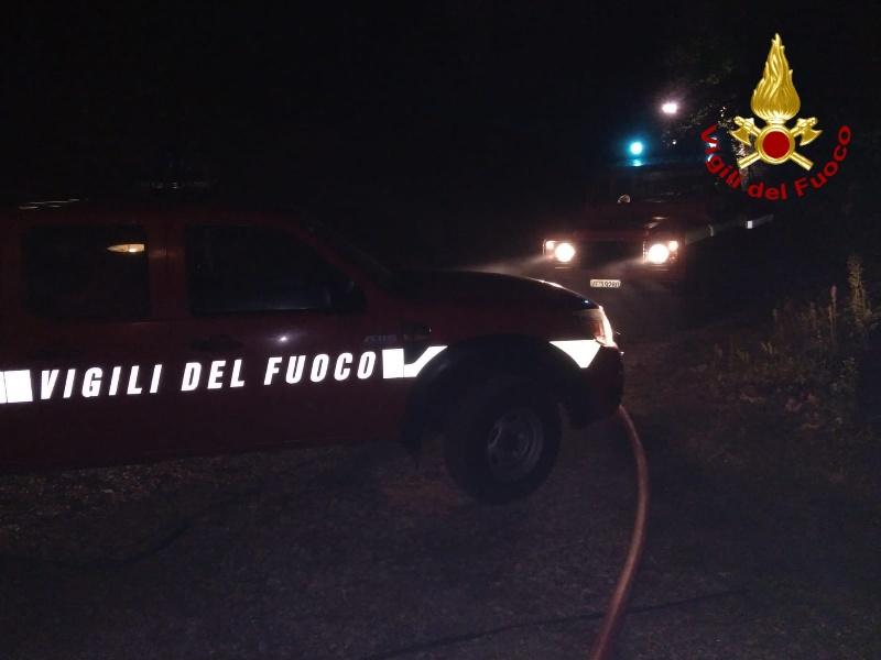 incendio_notte_vigili_del_fuoco___2