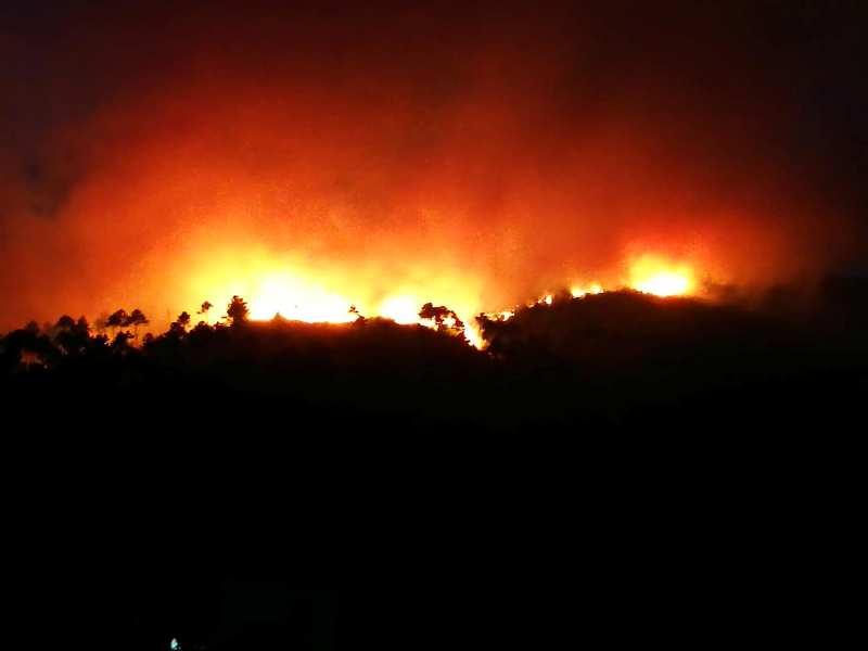 incendio_pieve_di_compito_monte_serra__