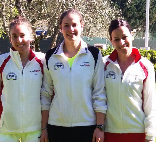 Squadra femminile: Eleonora Beduini, Giulia Barsotti, Franka Ciampalini