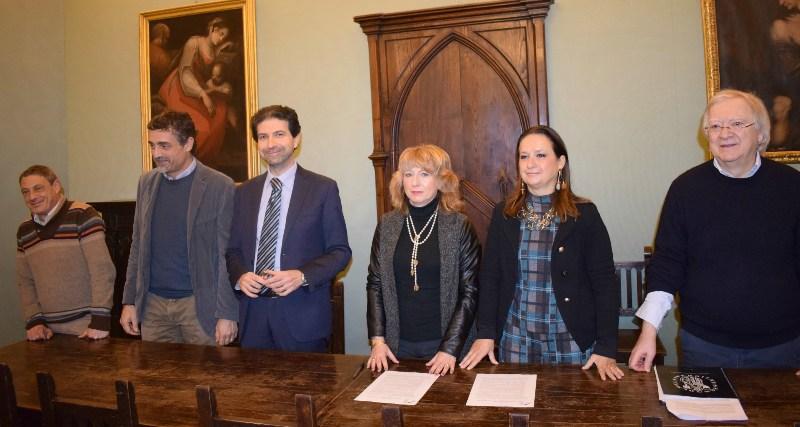 Da sinistra, Gianni Passaniti, Piero Morini, Sergio La Montagna, Sonia Carmignani, Annalisa Santucci, Claudio Rossi