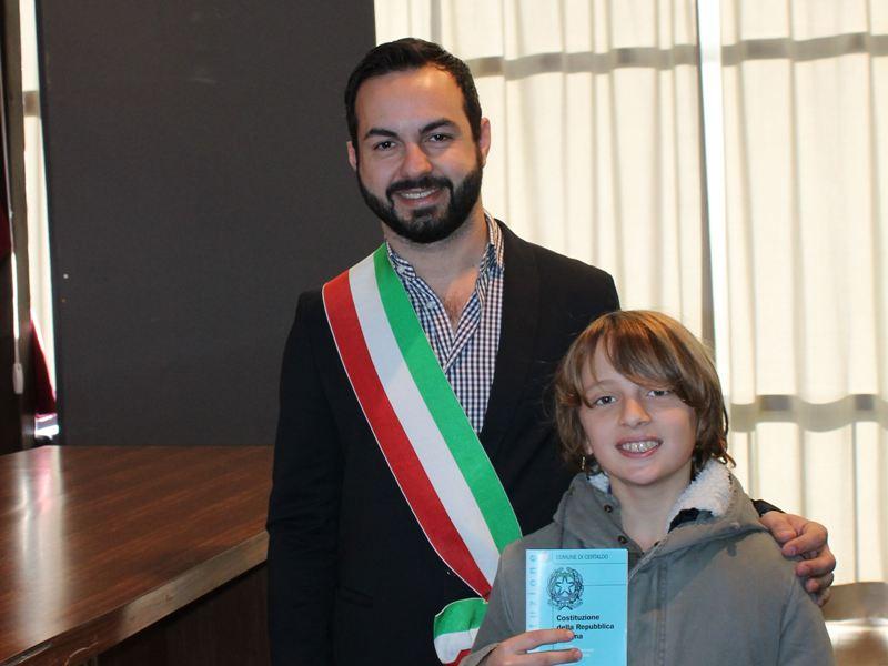 Alle elementari si impara la Costituzione: la 'magna carta' donata a Certaldo