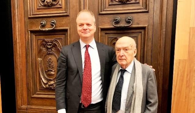 il direttore Eike Schmidt insieme ai curatori delle mostre e al prof. Antonio Paolucci.