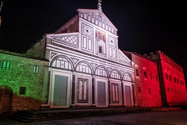 Nuova illuminazione e show colorati per la basilica di san miniato