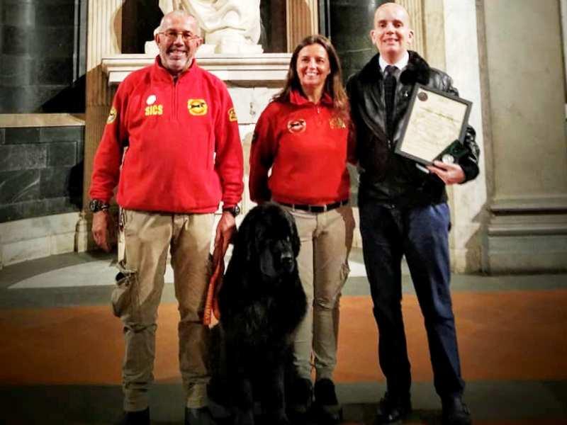 Cani salvataggio arriva un premio per il comune di empoli - Piscina comunale empoli ...