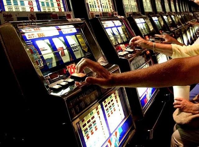 Gioco d'azzardo, maggioranza contro la Lega a Ponsacco - gonews