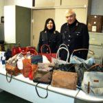 merce sequestrata borse polizia municipale 002