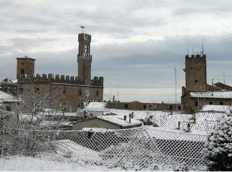 Neve a Volterra (foto Ale Pera)