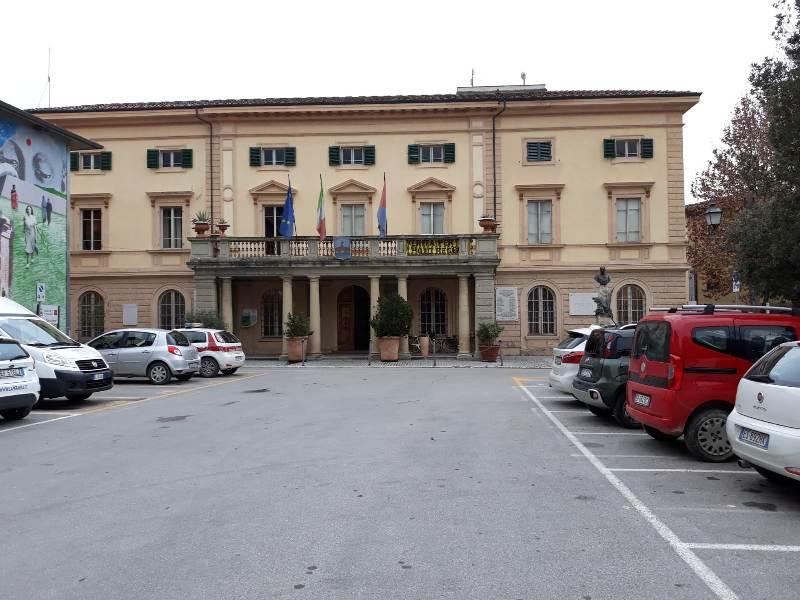 Pacchetto scuola in pagamento nel comune di Ponsacco - gonews