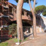 lavori alle mura del giardino Scotto di Pisa